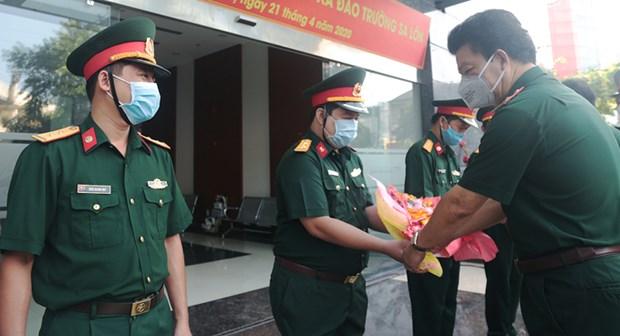 Medicos de hospital vietnamita trabajaran en distrito isleno de Truong Sa hinh anh 1