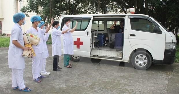Otros seis pacientes recuperados del COVID-19 en Vietnam hinh anh 1