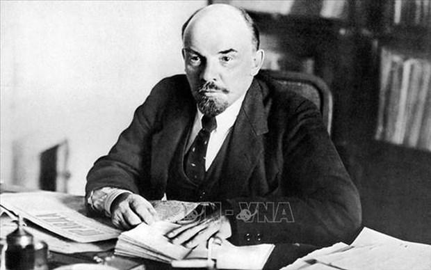 Destaca prensa vietnamita contribuciones de Lenin a la obra revolucionaria mundial hinh anh 1