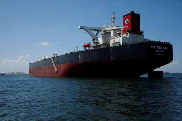 Empresa china negocia adquisicion de almacenamiento de petroleo en Singapur hinh anh 1