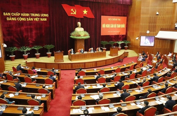 Se reune maximo dirigente de Vietnam con altos funcionarios nacionales para abordar asuntos primordiales hinh anh 1