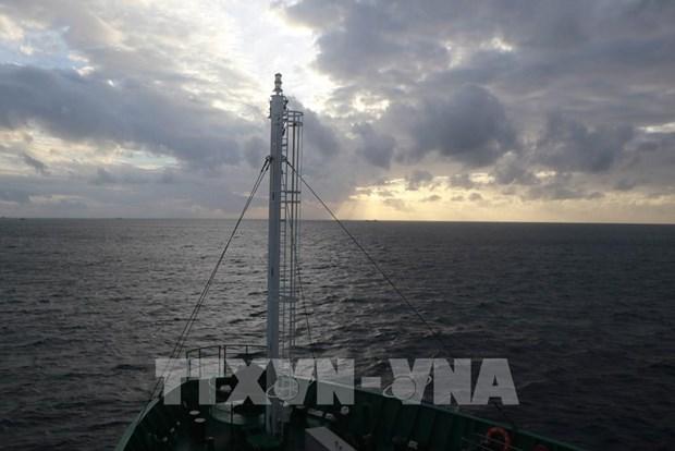 Condenan expertos extranjeros acciones ilicitas de China en el Mar del Este hinh anh 1