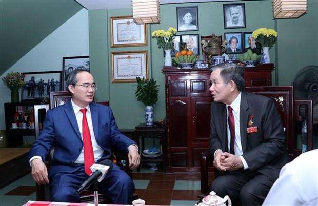 Destaca Vietnam meritos de martires y fuerzas armadas durante la lucha de independencia nacional hinh anh 1