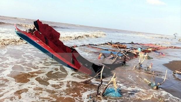 Acelera Vietnam busqueda de marinero indonesio accidentado hinh anh 1