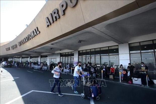 Filipinas detiene vuelos comerciales entrantes por una semana hinh anh 1