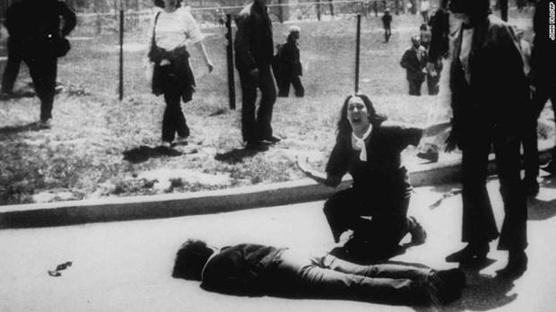 Conmemoran 50 anos de protesta estudiantil de Universidad Kent State contra guerra en Vietnam hinh anh 1