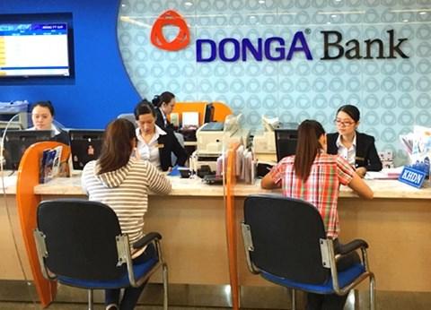 Condenan a cinco anos de prision a excontadora del Banco Dong A en Vietnam hinh anh 1