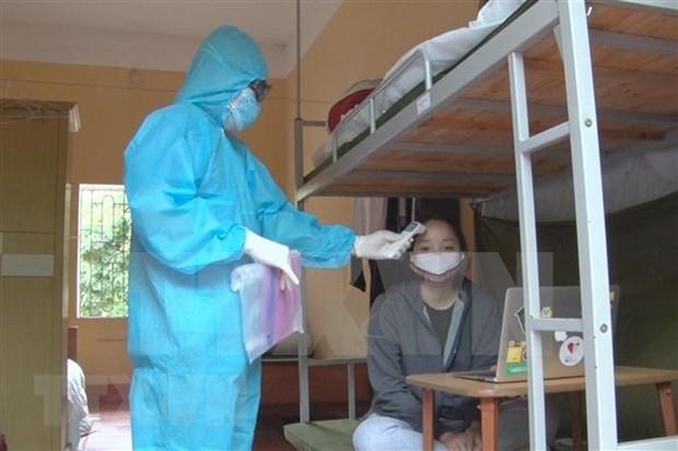 Prolonga Ciudad Ho Chi Minh la cuarentena para recuperados del COVID-19 hinh anh 1