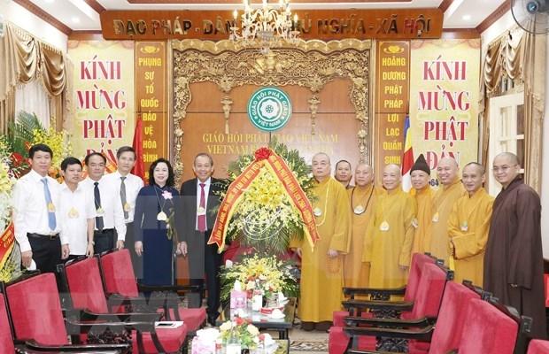 Instan a Sangha Budista de Vietnam a coadyuvar la lucha antiepidemica hinh anh 1