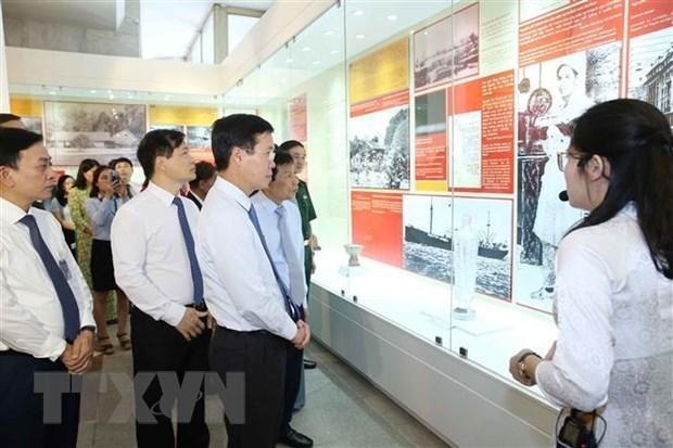 Abre sus puertas en Hanoi exposicion sobre Presidente Ho Chi Minh hinh anh 1