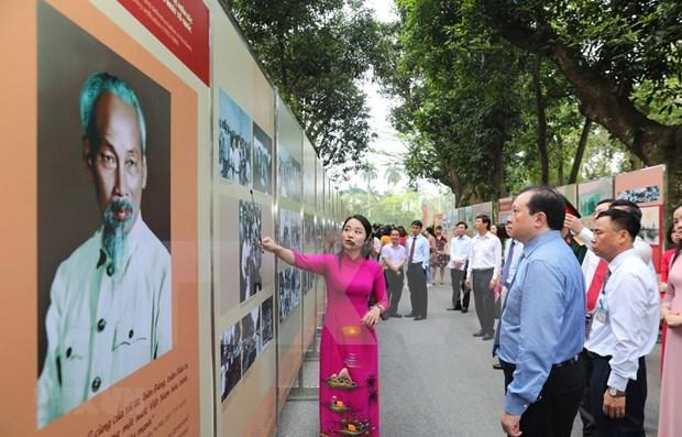 Conmemoraran aniversario 130 del natalicio del presidente Ho Chi Minh hinh anh 1