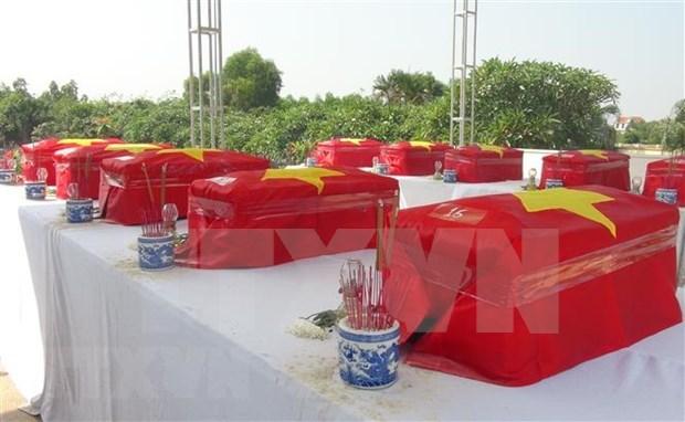 Repatrian restos de soldados vietnamitas caidos en Laos hinh anh 1