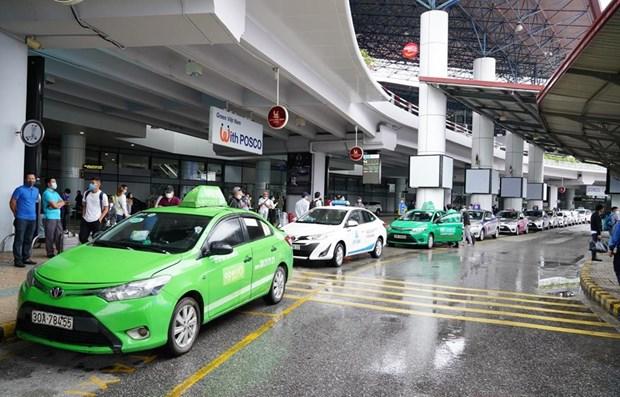 Vietnam restablece los servicios en el sector del transporte hinh anh 1