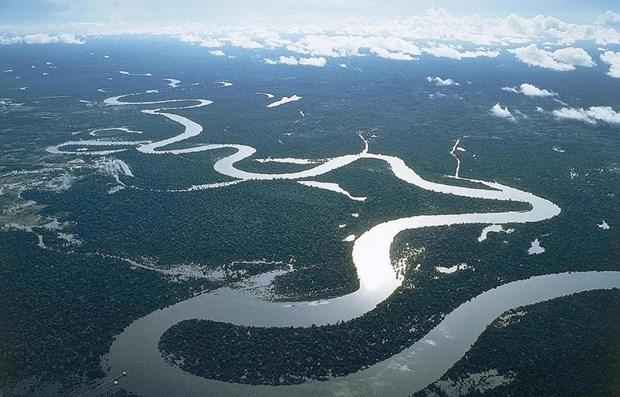 Empenado Vietnam en garantizar el uso eficiente de recurso hidrico del Rio Mekong hinh anh 1