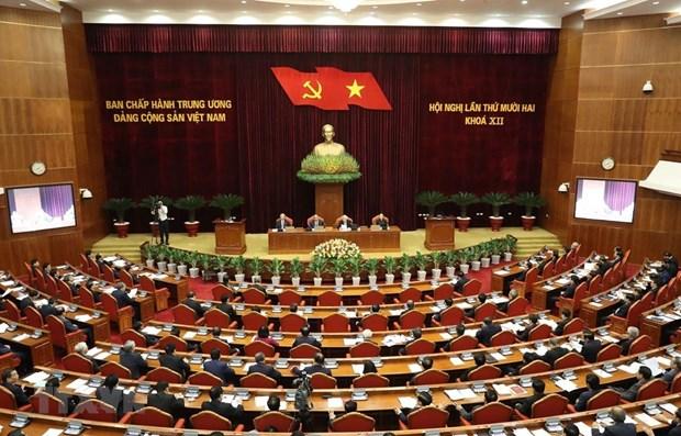 Concluye Comite Central del Partido Comunista de Vietnam tercera jornada de su XII pleno hinh anh 1