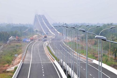 Proponen ampliacion de autopista principal entre Ciudad Ho Chi Minh y provincia surena de Dong Nai hinh anh 1