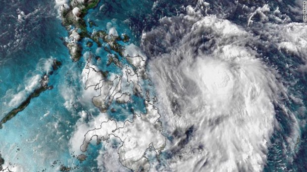 Tifon Vongfong se fortalece cerca de Filipinas hinh anh 1
