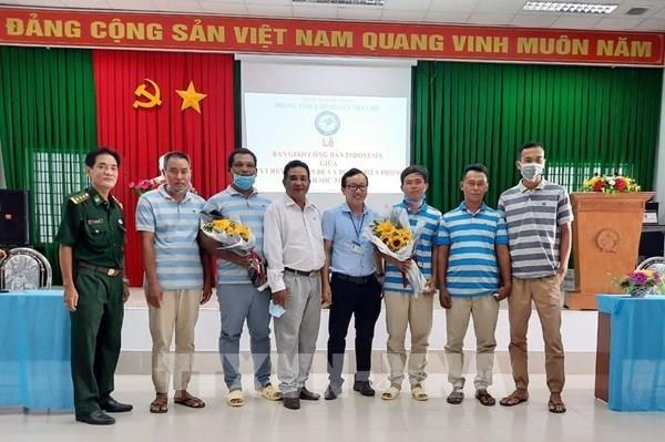 Rescatan a marineros indonesios en aguas vietnamitas hinh anh 1