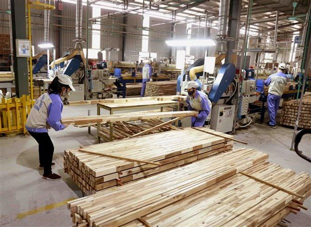 Busca Vietnam medidas para promover las exportaciones de madera y productos acuicolas hinh anh 1