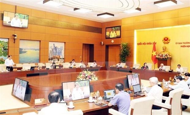 Analiza Comite Permanente del Parlamento de Vietnam planes de desarrollo socioeconomico en 2020 hinh anh 1