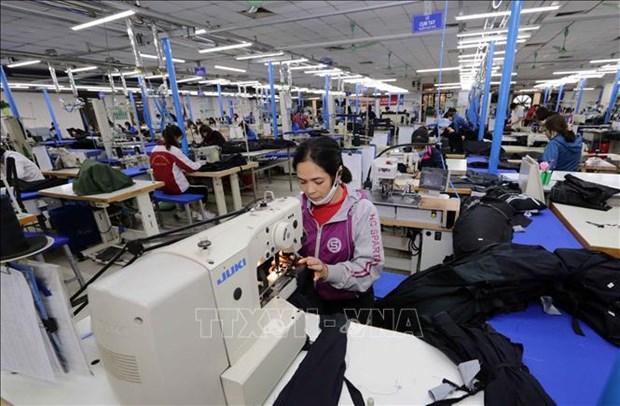 """""""Regla de origen"""" de EVFTA, desafio para el sector de confecciones y textiles vietnamita hinh anh 1"""