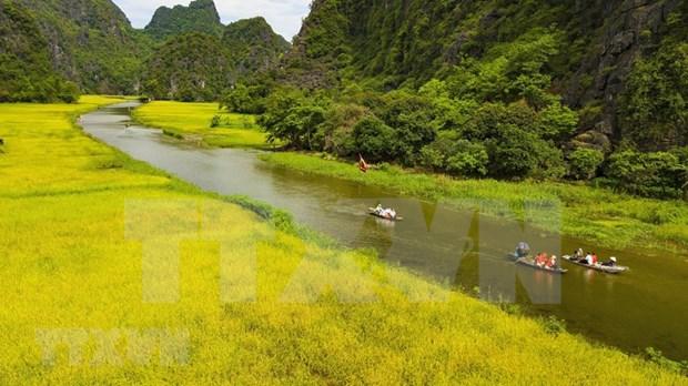Impresionante inicio de la Semana del Turismo Ninh Binh 2020 hinh anh 1