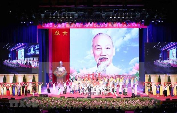 Celebra Vietnam acto solemne por 130 aniversario del natalicio del Presidente Ho Chi Minh hinh anh 1