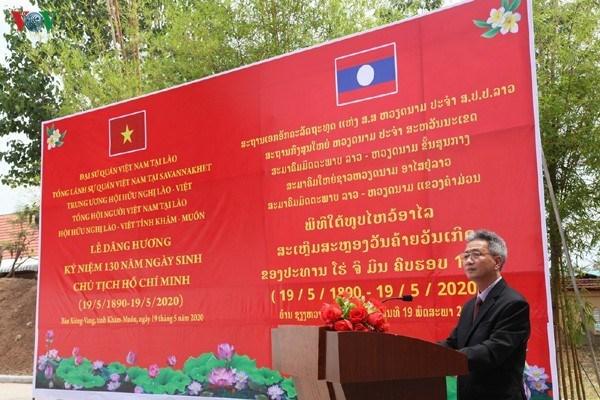 Recuerdan al Presidente Ho Chi Minh en Laos y Tailandia hinh anh 1