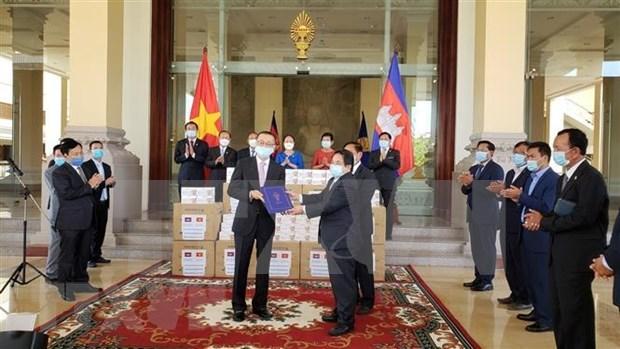 Camboya agradece a Asamblea Nacional de Vietnam por asistencia contra el COVID-19 hinh anh 1