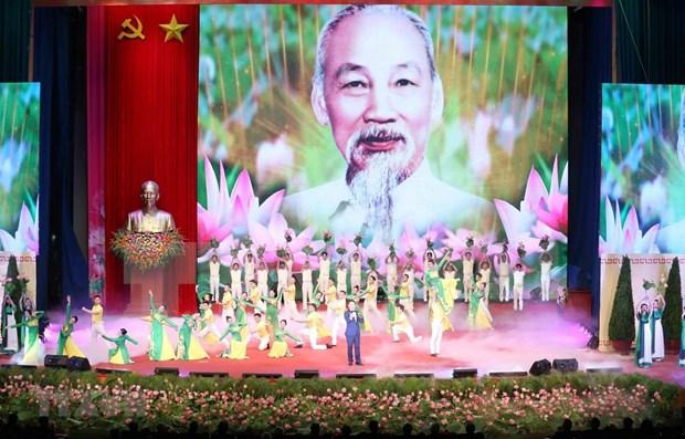 Rememoran en Chile, Laos y Alemania natalicio de Ho Chi Minh hinh anh 1