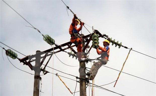 Camboya reduce precios de electricidad para restaurar la economia hinh anh 1