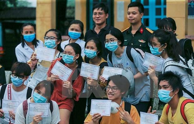 Television japonesa NHK elogia eficiencia de Vietnam contra COVID-19 hinh anh 1