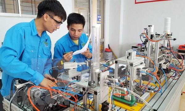 Promueven la capacitacion de recursos humanos de alta calidad en Vietnam hinh anh 1