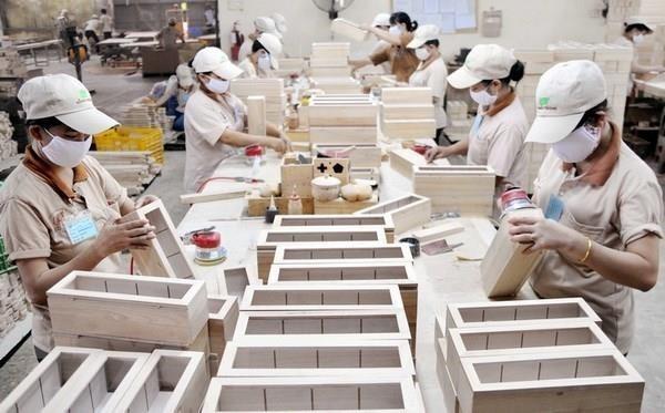 Efectuan conferencia en linea sobre materiales de construccion y decoracion entre Vietnam y China hinh anh 1