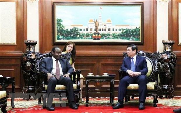 Ciudad Ho Chi Minh lista para impulsar lazos con Angola y Armenia hinh anh 1