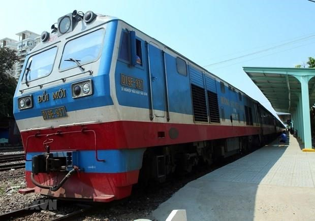Ciudad Ho Chi Minh reduce tarifa de trenes durante el verano hinh anh 1