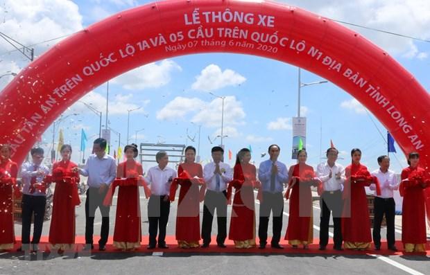 Provincia survietnamita de Long An mejora su sistema de transporte terrestre hinh anh 1
