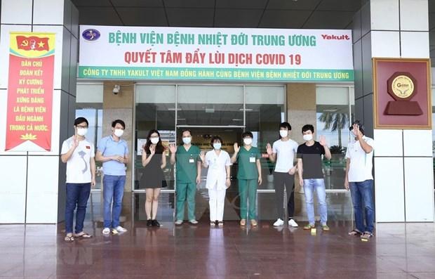 Recuperados otros nueve pacientes del COVID-19 en Vietnam hinh anh 1