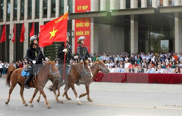 Unidad de caballeria de Policia hace su debut en Vietnam hinh anh 1