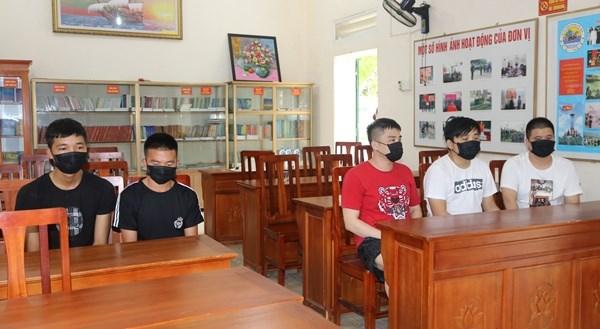 Provincia vietnamita de Quang Ninh detiene a grupo de personas por entrada ilegal hinh anh 1