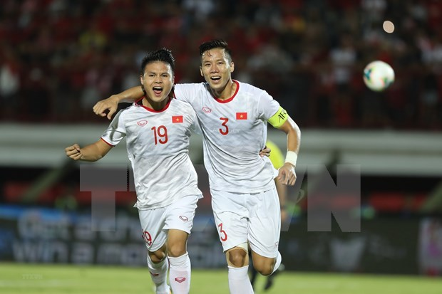 Vietnam sigue como el rey de futbol en Sudeste de Asia hinh anh 1