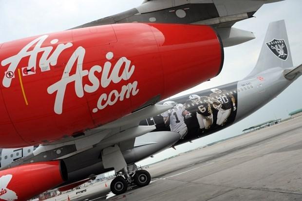 Aerolinea malasia AirAsia reanudara las rutas domesticas en julio hinh anh 1