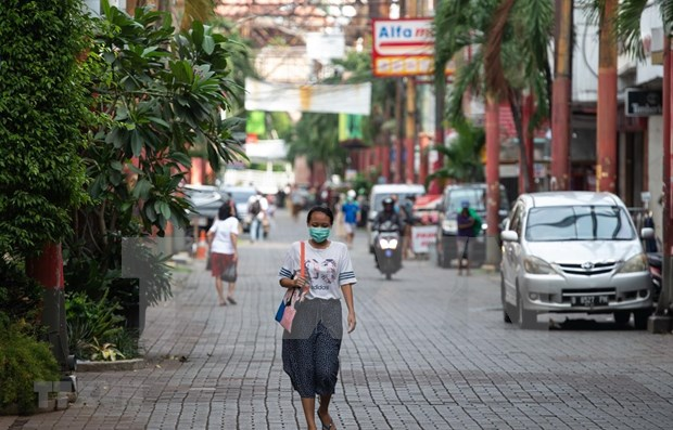Indonesia considera recibir a turistas de cuatro paises hinh anh 1
