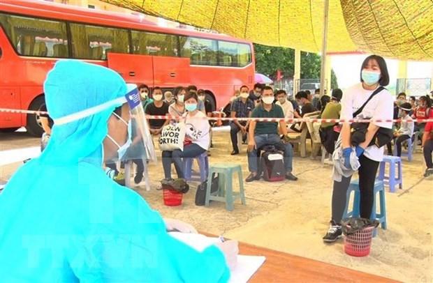 Provincia vietnamita recibe a cientos de compatriotas desde Oriente Medio hinh anh 1