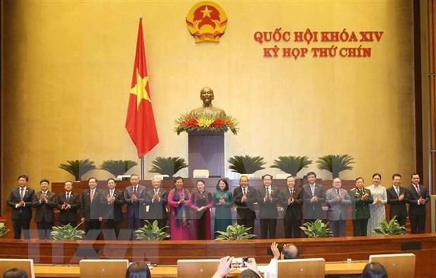 Parlamento de Vietnam aprueba resolucion sobre establecimiento del Consejo Electoral Nacional hinh anh 1