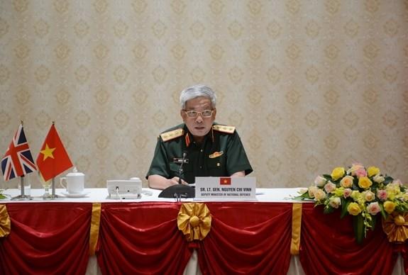 Fortalecen Vietnam y Reino Unido cooperacion en defensa hinh anh 1