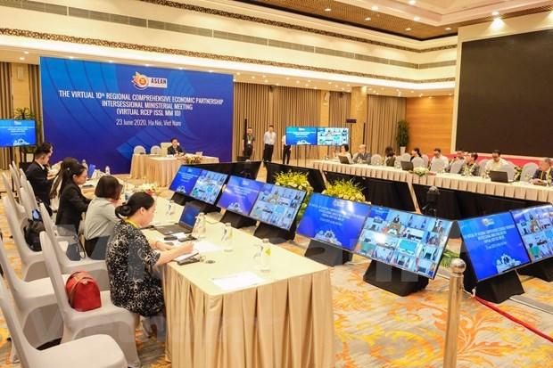Paises participantes de RCEP buscan reincorporar a la India a las negociaciones hinh anh 1