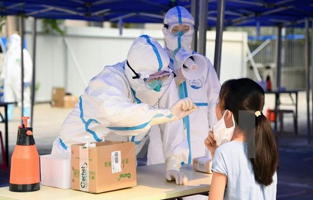 Filipinas e Indonesia registran miles de nuevos casos del COVID-19 hinh anh 1