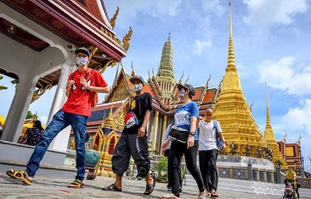 Reanudaran servicios de entretenimiento en Tailandia en julio hinh anh 1