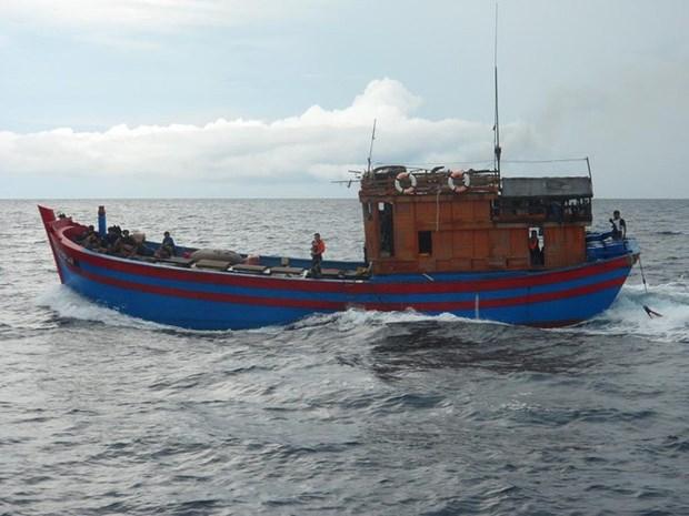 Malasia evalua medidas mas rigurosas contra violacion de territorios maritimos de pescadores foraneos hinh anh 1